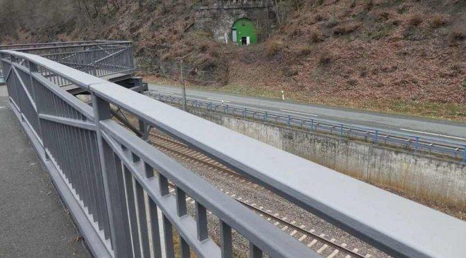 Die endlose Geschichte: Der Radweg durch den Tunnel bei Lenhausen.